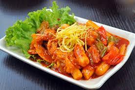 Công thức làm bánh gạo Tokbokki đúng chuẩn vị Hàn Quốc